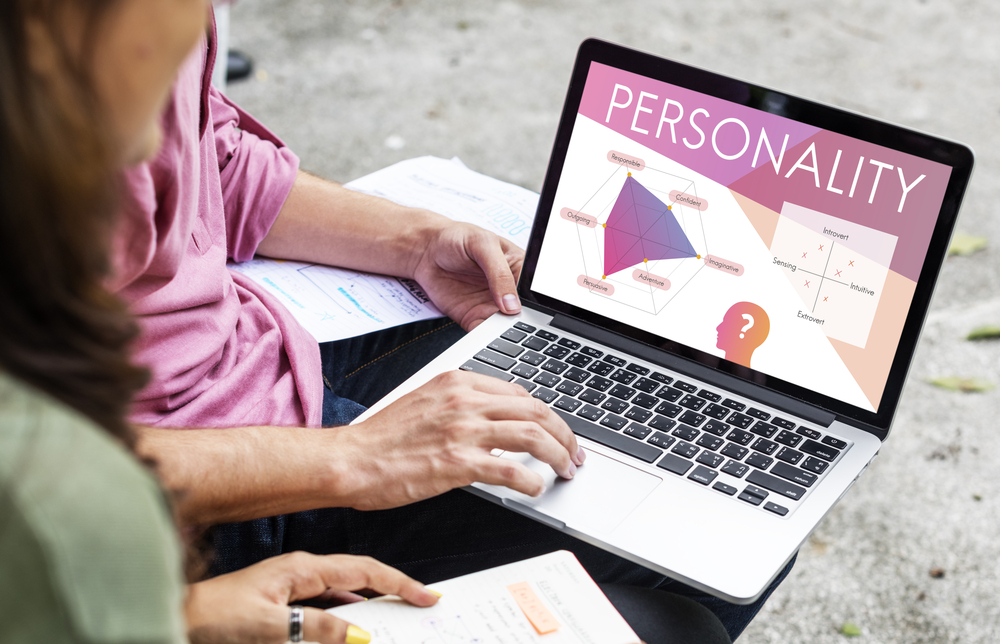 Customer service agent, Customer satisfaction, Personality,