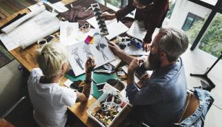 Fashion and Apparel Designers dealing with Product Life Cycle Management
