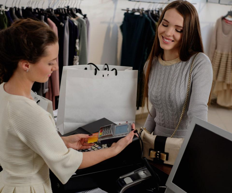 Managing product lifecycle for fashion and apparel industry